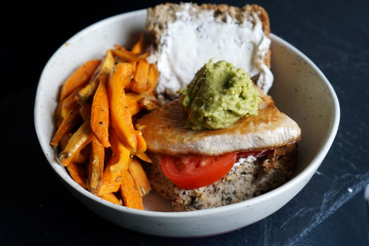Tuna steak and guacamole burger with sweet potato fries - gluten free tuna steak guacamole burgers