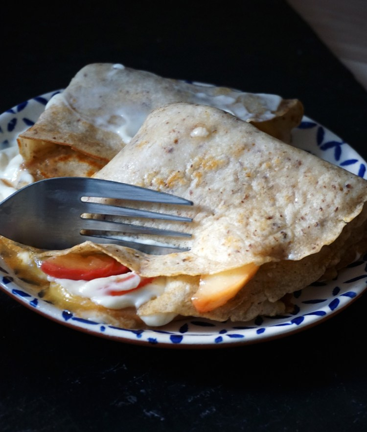 Basic gluten free crepes with caramelised apples and custard