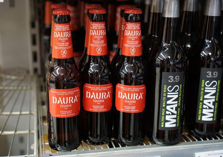 Gluten free Estrella Daura beer in Coop in Venice - gluten free Venice guide