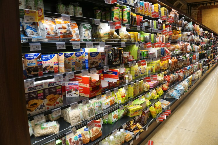 Spar gluten free section in Venice - gluten free Venice guide