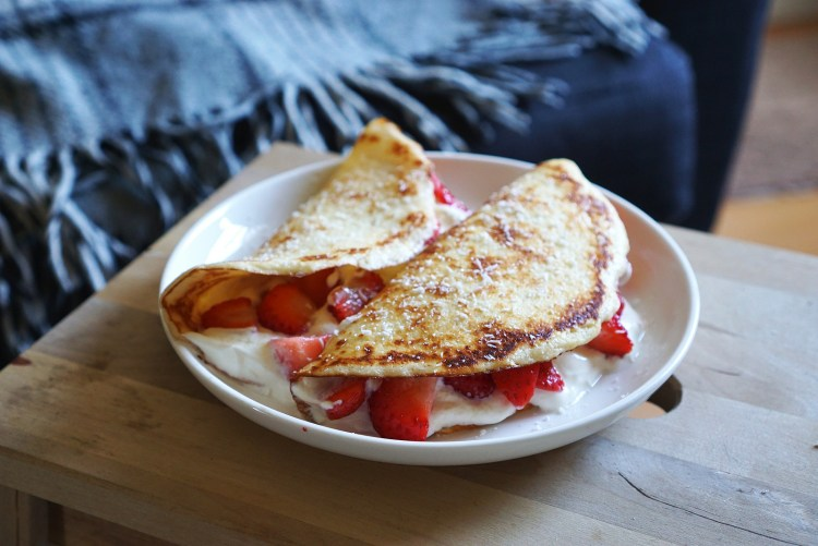 Gluten free low carb coconut crepes | low carb coconut pancakes | gluten free recipes