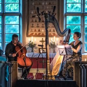 Jan-Erik Gustafsson & Päivi Severeide Västanfjärd gamla kyrka