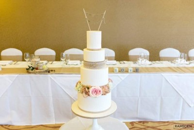 Wedding Cakes Paisley