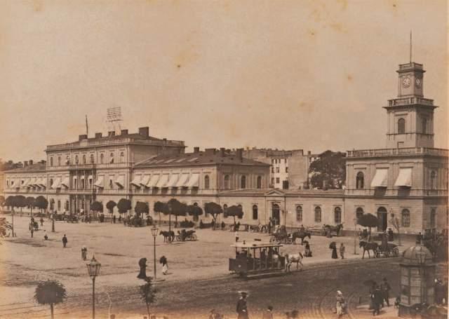 Jak trudno napisać rzetelną powieść historyczną Dworzec Wiedeński