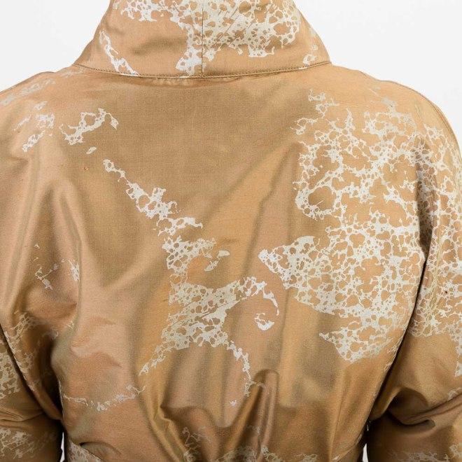 Seiden-Kimono in Gold und Natur | Credit: KimonoManufaktur.de