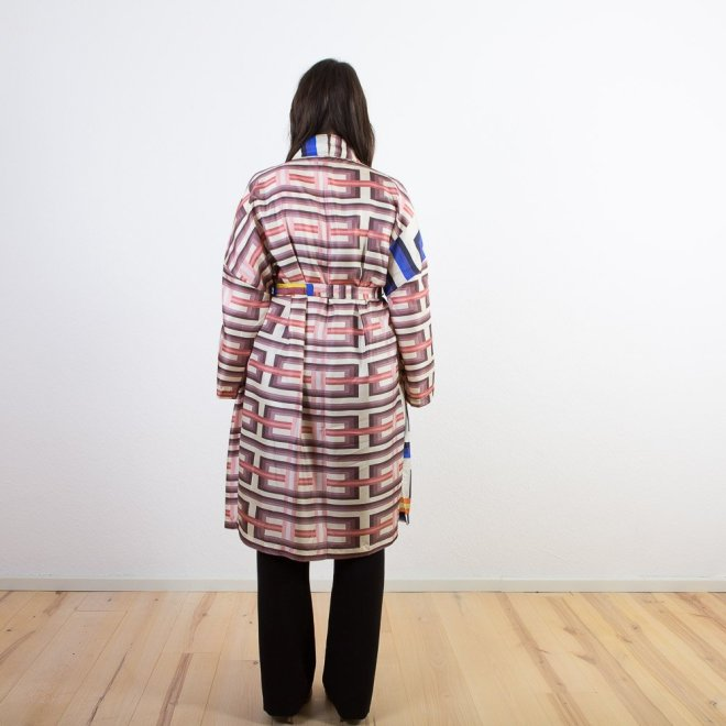 Seiden-Kimono | Grafik-Muster | Credits: KimonoManufaktur