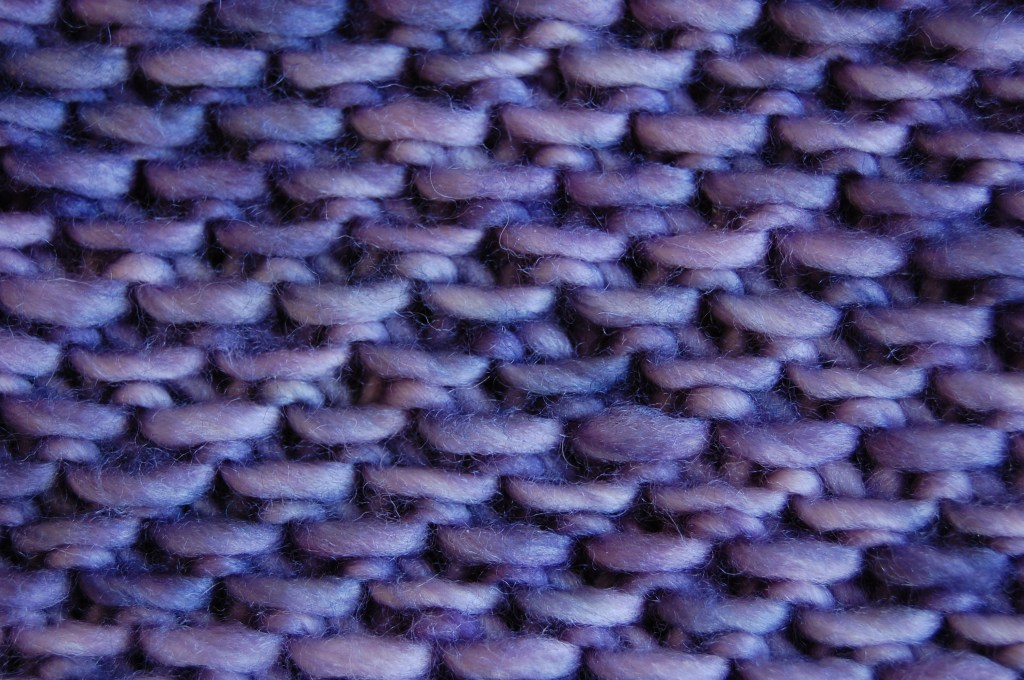 Hone Cowl, Close-up