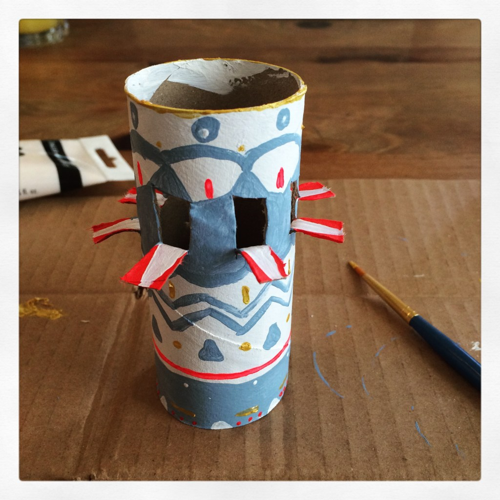 toilet-paper-tube craft with paint