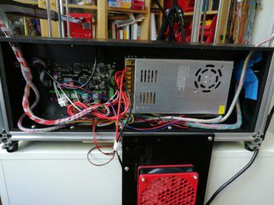 Folgertech FT-5 - viel Platz für Kabel und Controller