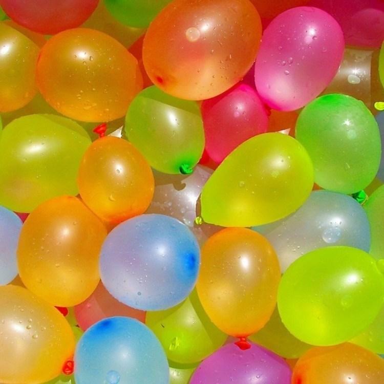 100x Waterballonnen/waterbommen gekleurd voor kinderen