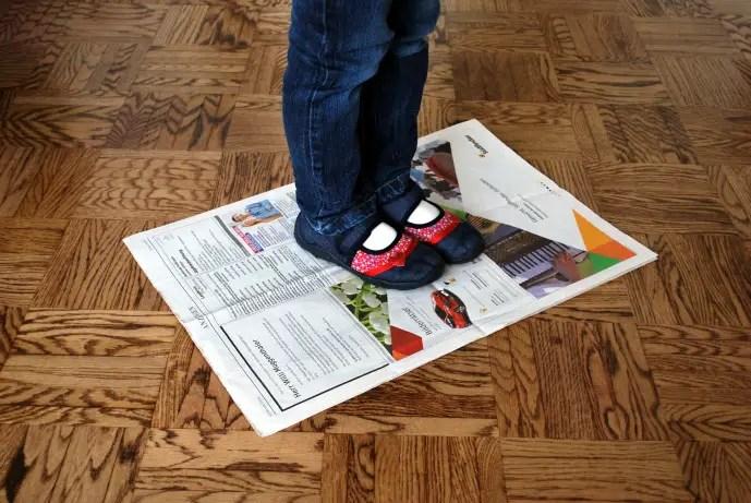 Zeitungstanz  KinderspieleWeltde