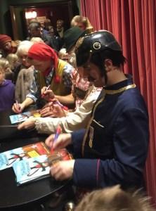 Autogrammstunde nach der Aufführung - Schmidt Tivoli Theater