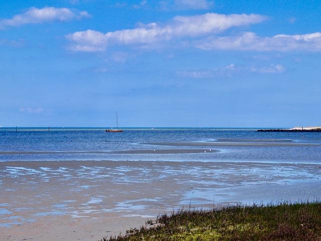 flaches Wasser - Strand von Stein