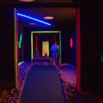 mit Schwarzlicht - Adventure-Golf-Anlage Holm