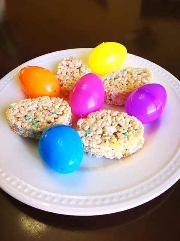 Easter Egg Rice Krispy Treats (1)