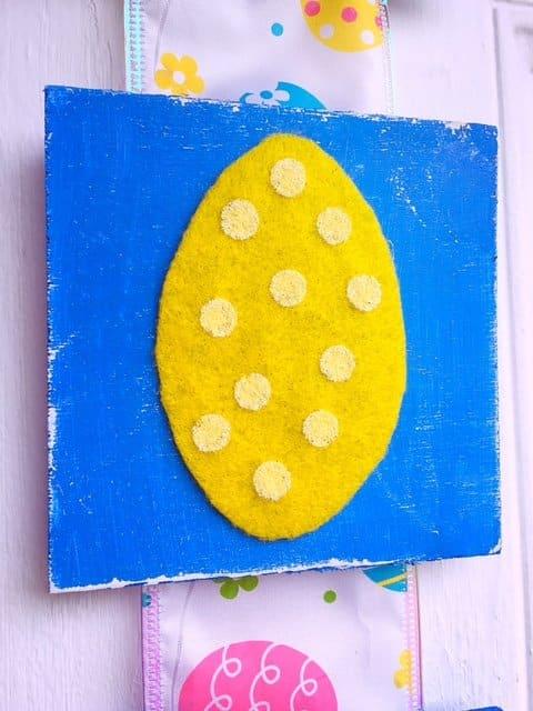 Easter Tile Door Hanger DIY (17)