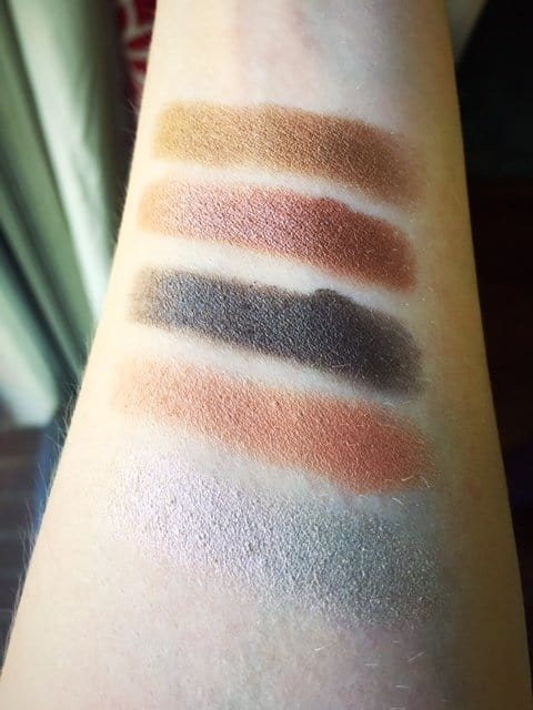 Check out the full review with swatches of the limited edition Anastasia Beverly Hills Self-Made Palette, featuring 14 beautiful colors that are perfect for creating show-stopping eye makeup looks. #anastasiabeverlyhills #eyeshadowpalette #makeupreview #makeupswatches