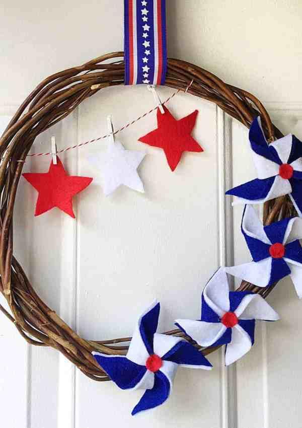 Fourth of July Pinwheel Wreath-DIY
