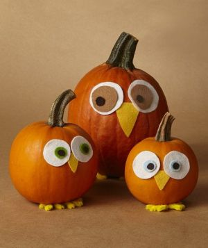 OWL PUMPKIN CENTERPIECE