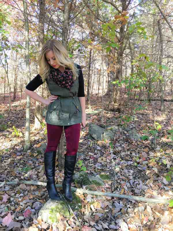 3-ways-to-style-a-utility-vest-for-fall-3