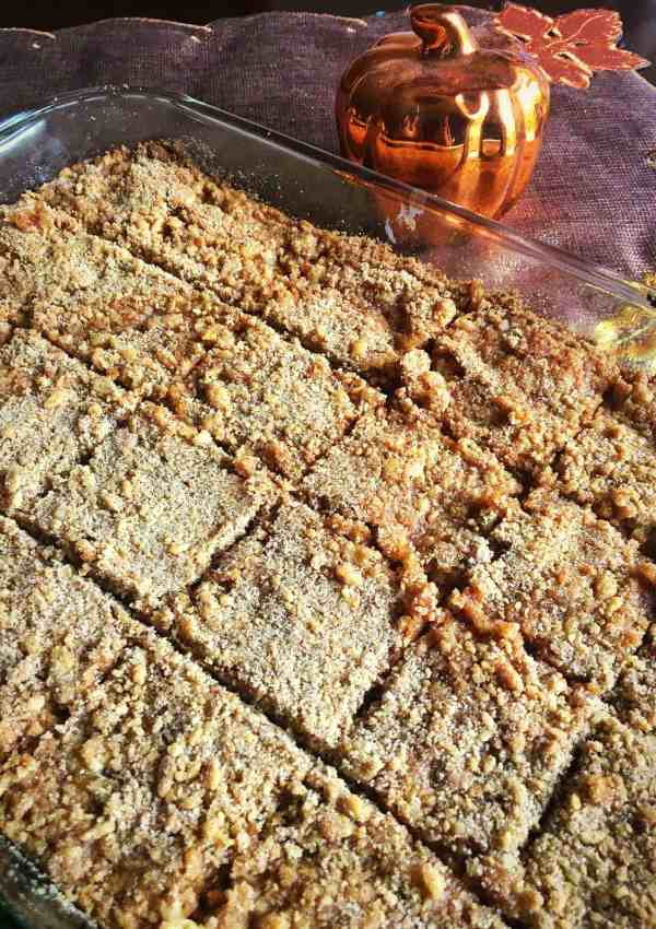 Easy Pumpkin Pie Streusel Bars