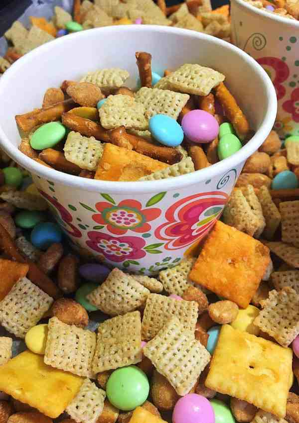Springtime Sweet and Salty Chex Mix