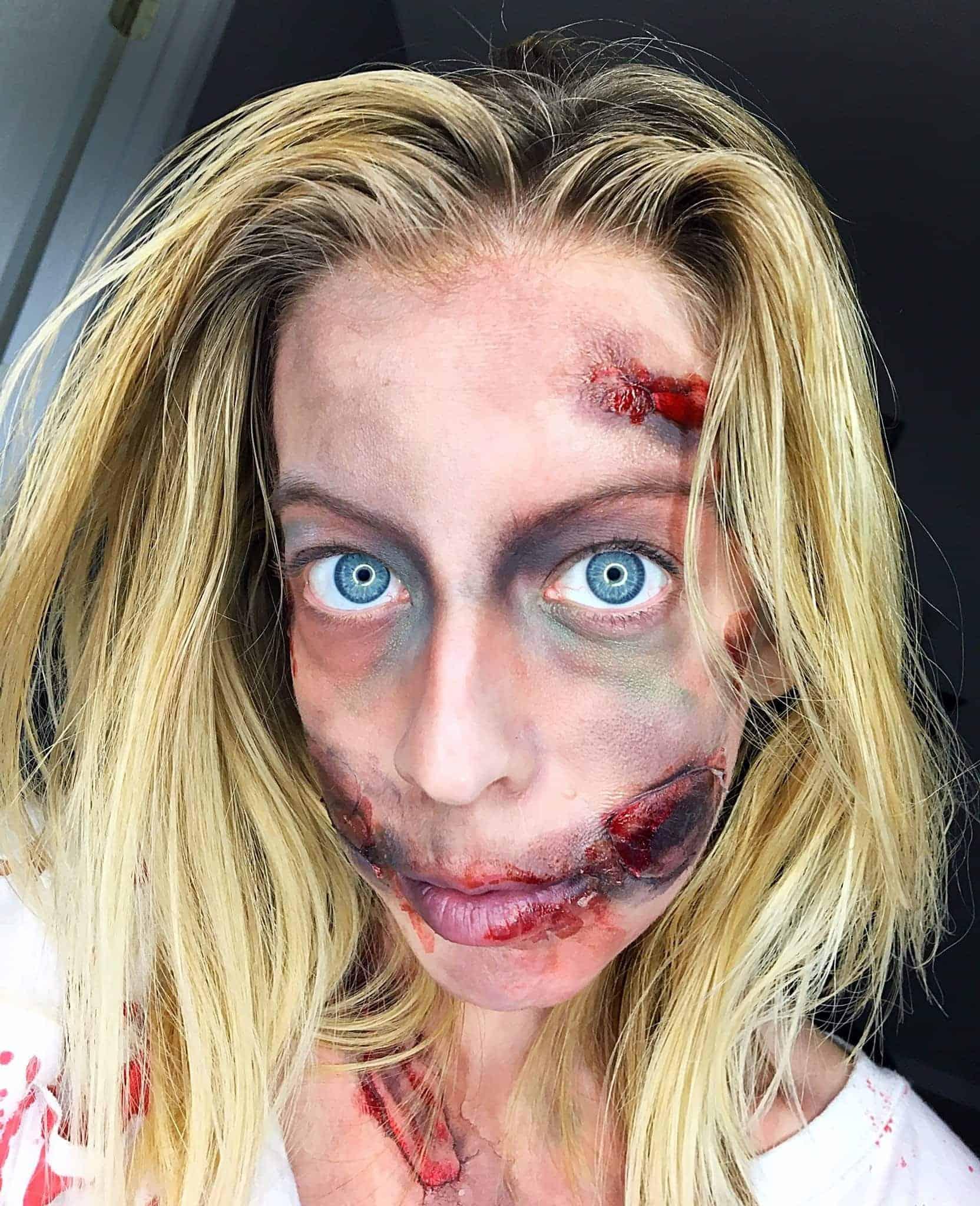 halloween tutorial-diy zombie makeup and costume - kindly unspoken