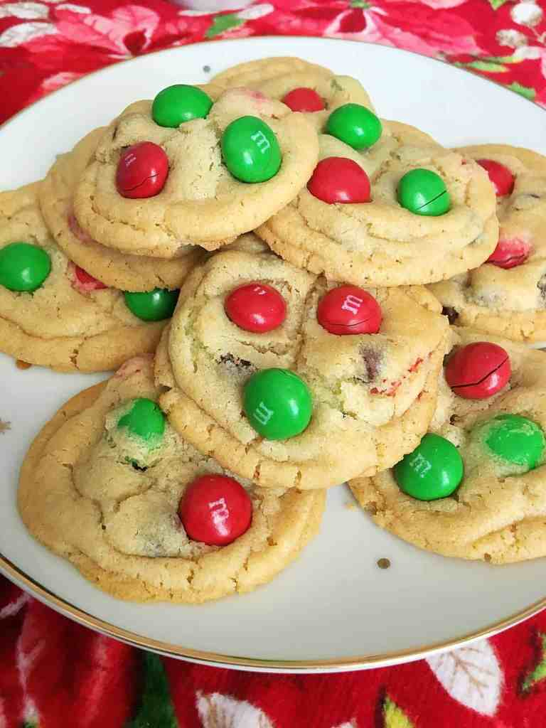 Magical Peanut Butter M&M Christmas Cookies- These cookies are the perfect, delicious treat to make and share with family and friends this holiday season!