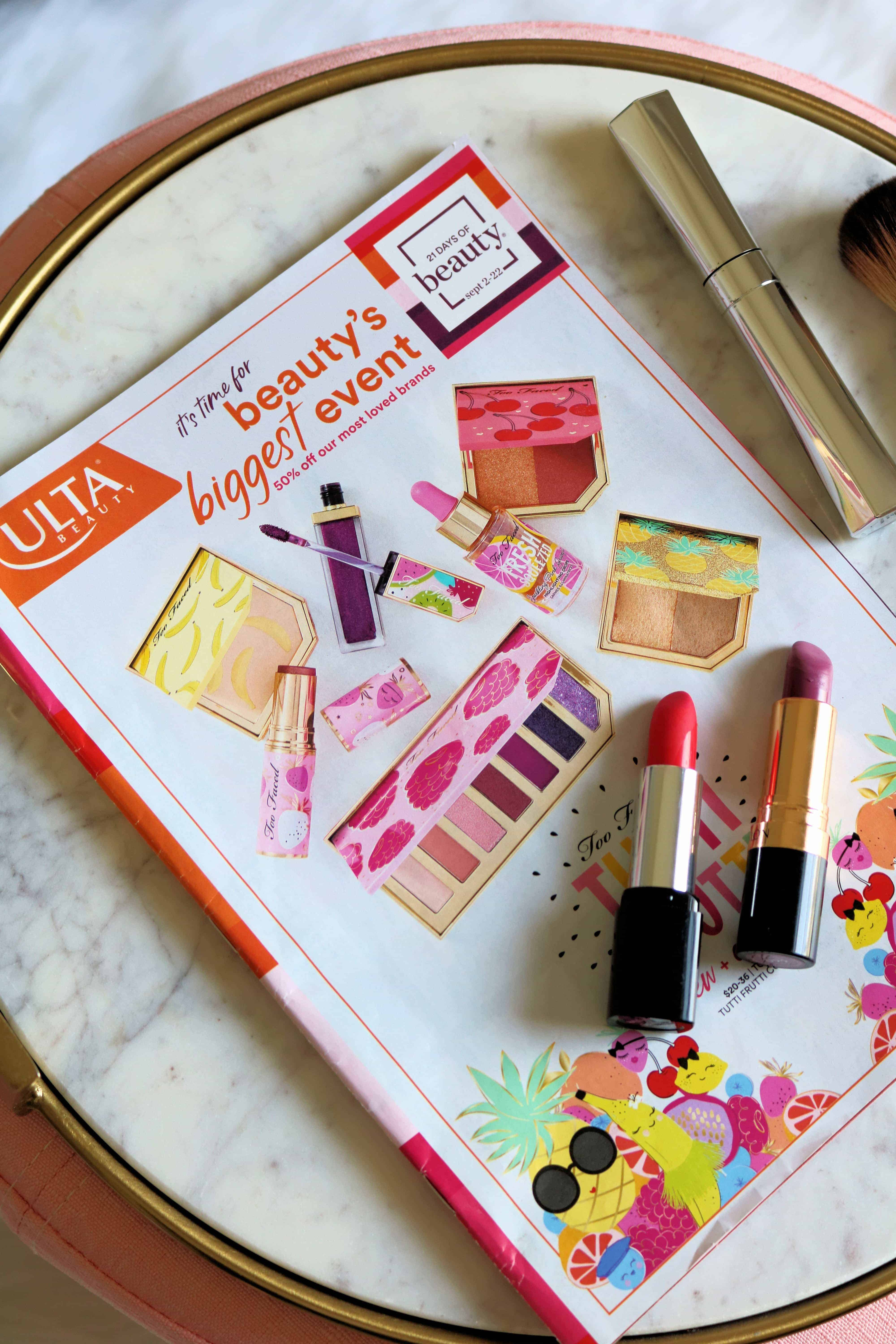 Ready to score the best deals on must-have makeup and beauty products? Then check out this helpful Fall 2018 shopping guide where I'm sharing THE BEST Ulta 21 Days of Beauty Deals and what to buy!  #ultabeauty #21daysofbeauty #beautydeals