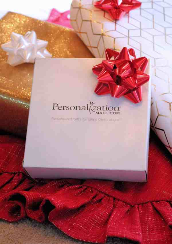Personalized Christmas Gifts For Everyone On Your List + Giveaway