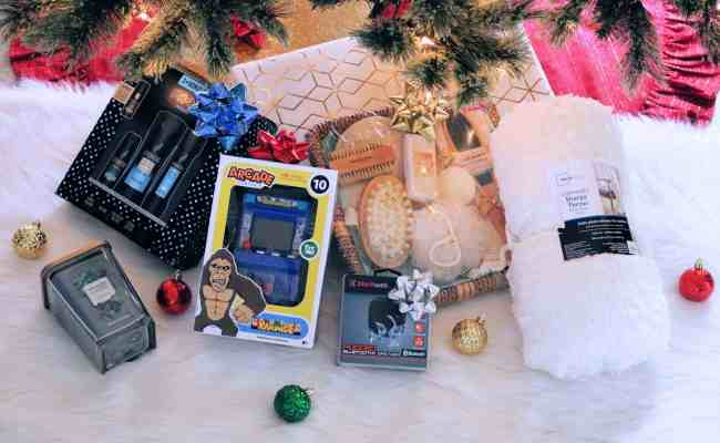 Must Have Walmart Christmas Gifts Under 25 Kindly Unspoken