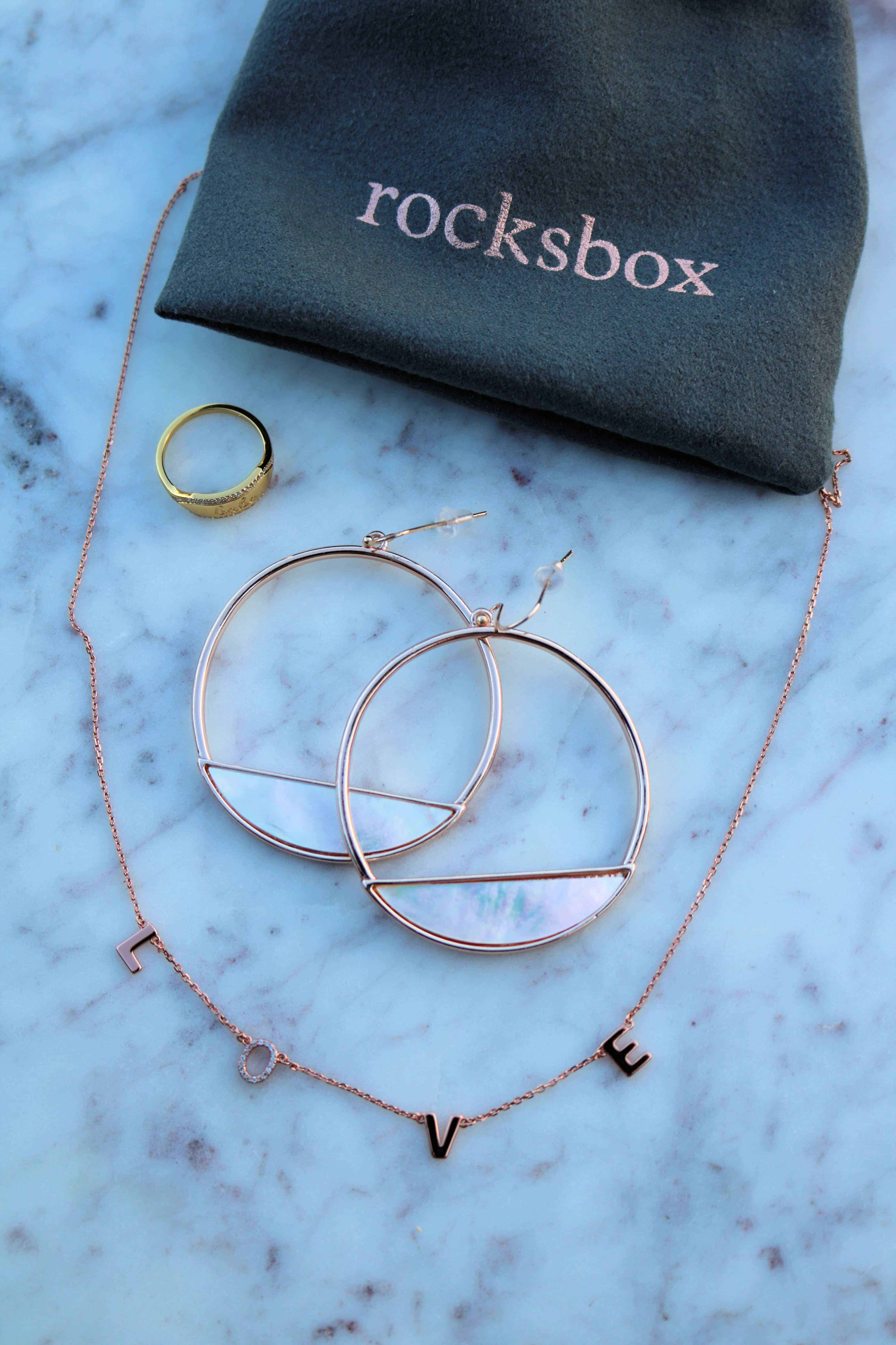 Curious about Rocksbox jewelry subscription box? Then check out my honest 6-month Rocksbox review and unboxing. I'm sharing how it works, whether or not I think it's worth the money, and if you're interested, try it out for free with my promo code! #rocksbox #rocksboxreview #jewelry