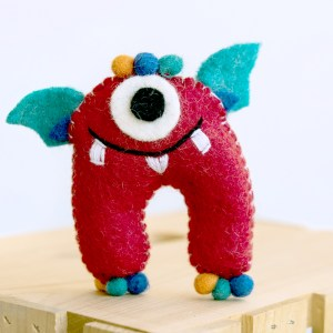 TOOTH MONSTER FELT RED