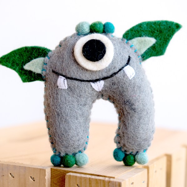 TOOTH MONSTER GREY AND GREEN