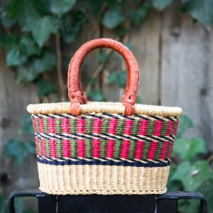 SMALL OVAL MARKET BASKET WITH 2 HANDLES