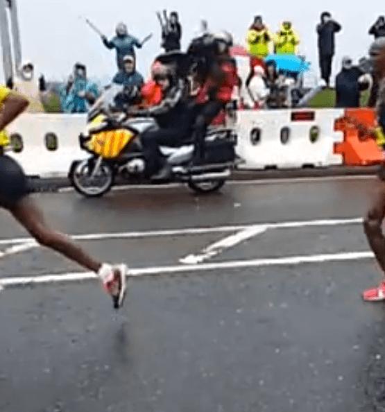 Mo Farah, Kenenisa Bekele & Haile Gebrselassie – Slow Motion Running Form