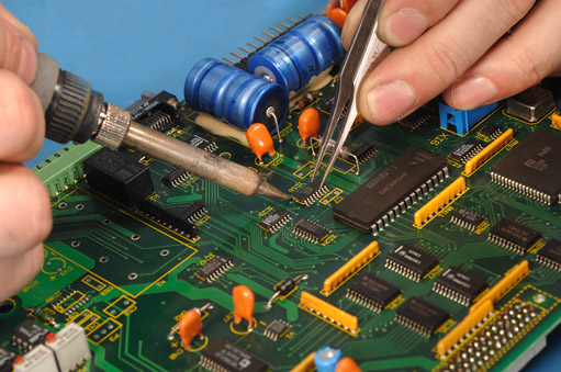 Cleaning The Circuit Board Electronics Repair And Technology News