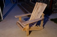 Pallet Adirondack Chair   Everything About Nothing