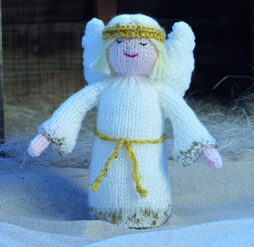 Easy To Follow Christmas Knits Book 3 Knitting Patterns