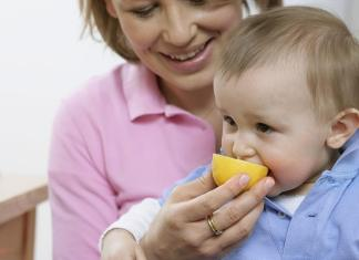 Babies Eating Lemon: Is It Okay?
