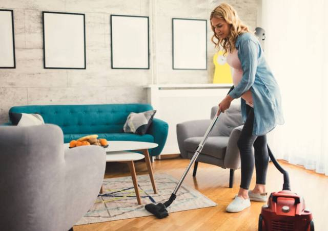 What are the 6 Housework Types That a Pregnant Woman Should Avoid 1