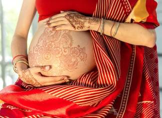 Is Henna Safe During Pregnancy ? What You Need to Know.