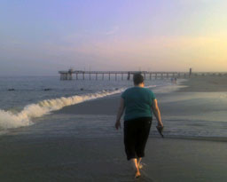 Laura walking towards the 30th street fishing pier in Avalon NJ June 2008