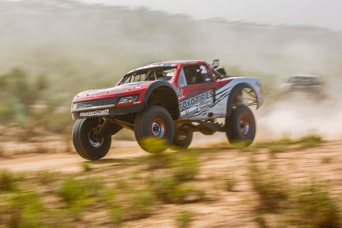 2016-Baja-500-King-Shocks-PR-668x446