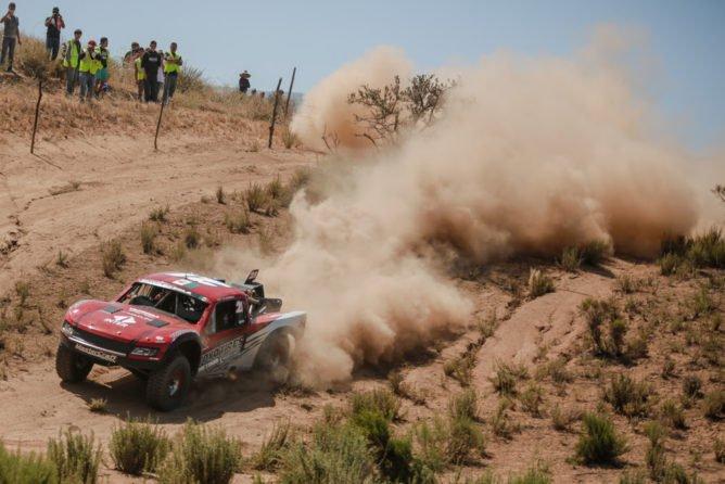 2016-Baja-500-King-Shocks-PR1-668x446
