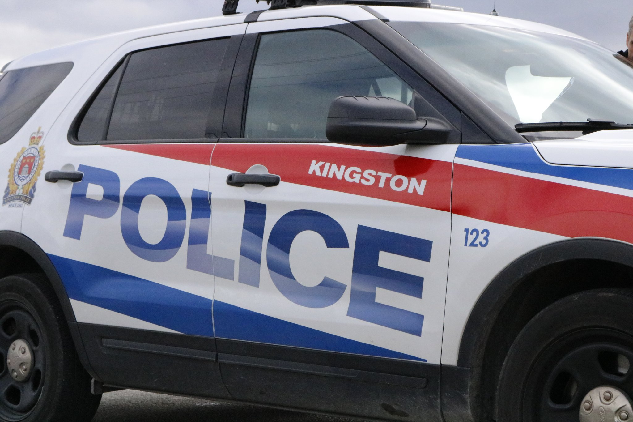 Domestic dispute leads to mischief charge for Kingston man