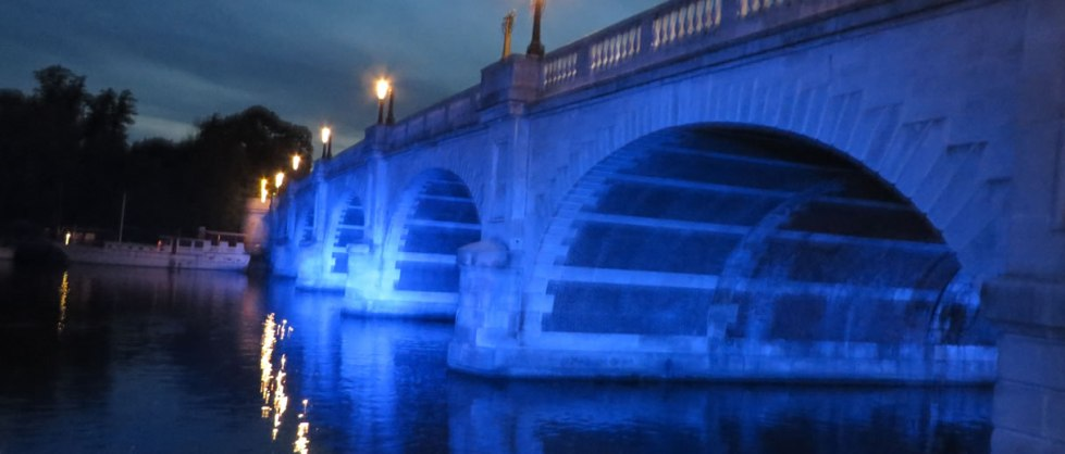 Kingston Bridge KT1