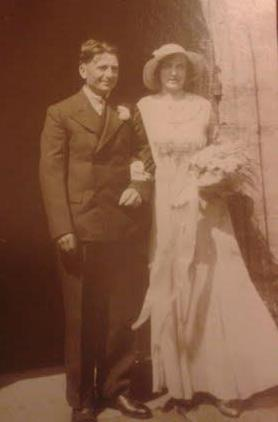 30 June 1934 marriage of Henry Ernest Ern Sansom to Hilda Nellie Heath cropped