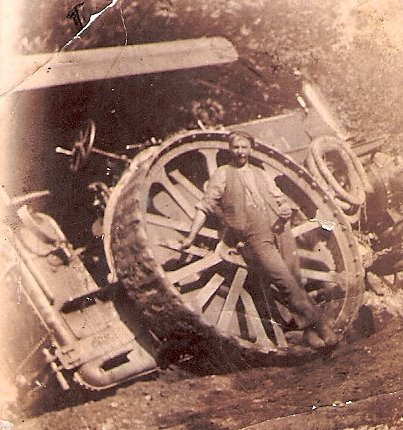 traction engine crash 1910 cropped