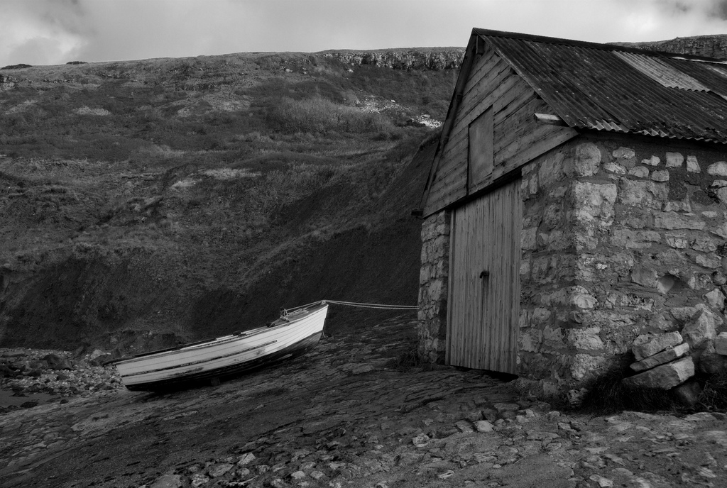 chapmans pool boathouse by peter hurford 2009